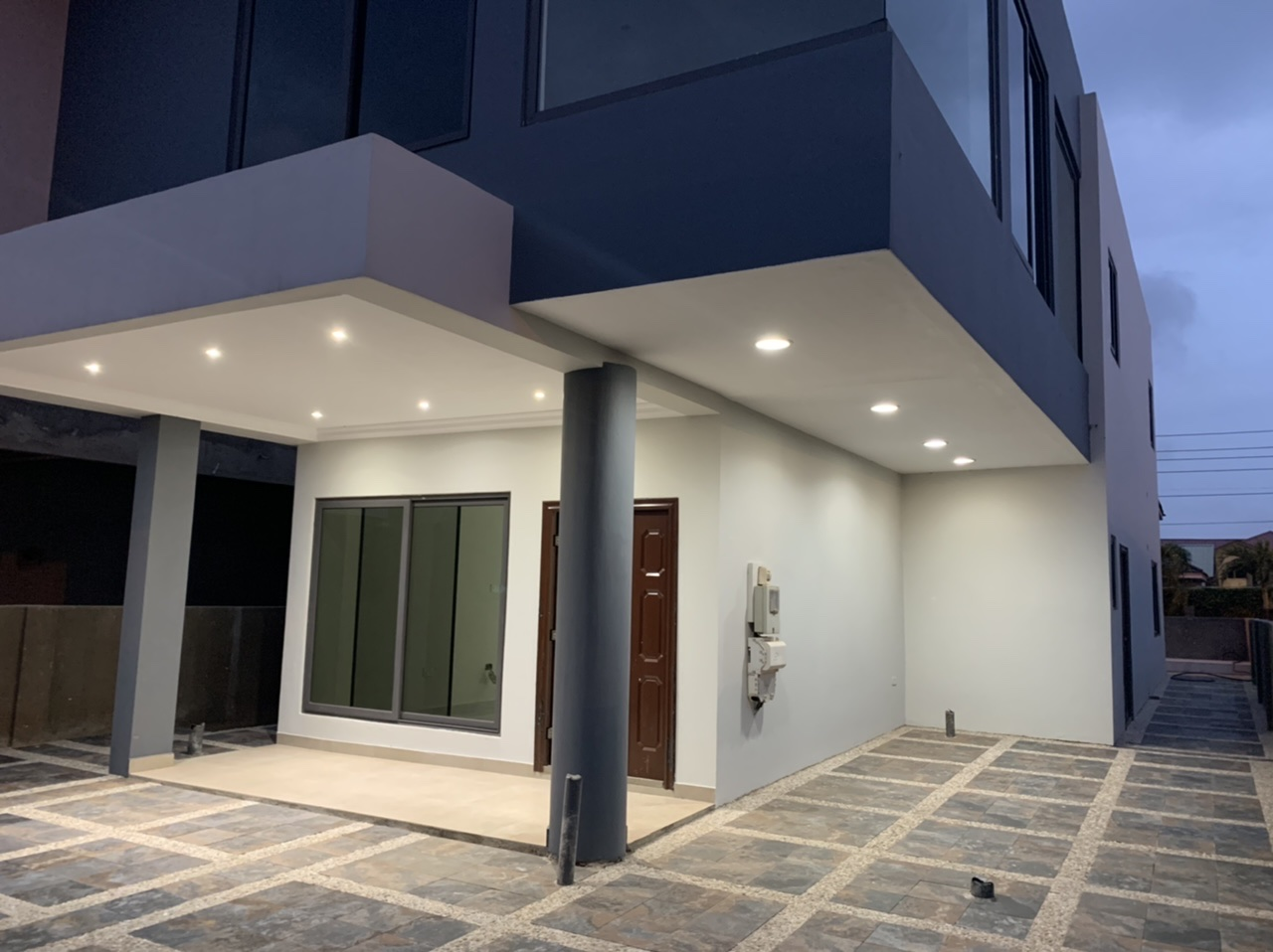 Newly built 4 bedroom house for sale At Adjiriganor